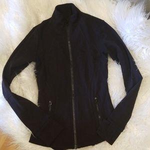 Lululemon size 4 define jacket